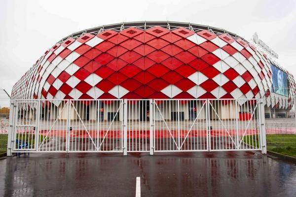 """""""Открытие Арена"""" под защитой Grand Line"""